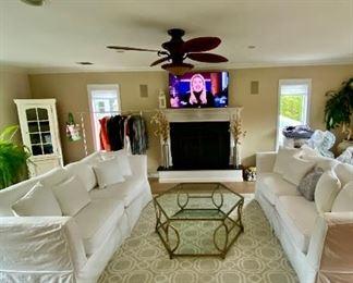 Gorgeous living furniture.