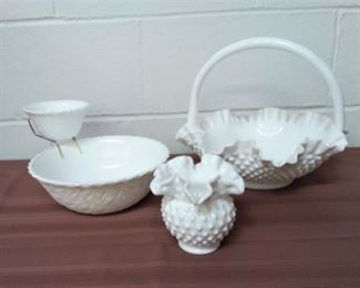 Milkglass Group Lot #: 23