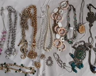 Costume Jewelry Lot #: 121