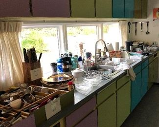 Mid century kitchen full of treasures!