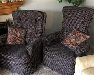 His and hers matching chairs!