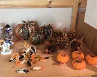Fall decor (limited amount)