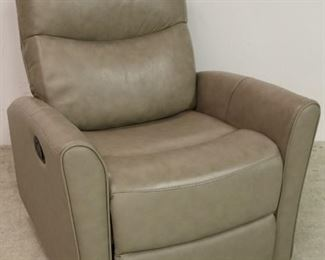 Leather Italia Abby recliner