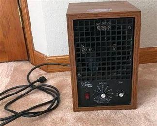 Vintage Living Air Model XL15 Air Purifier