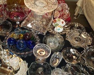 Assorted vintage glass