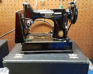 Singer Featherweight with Case