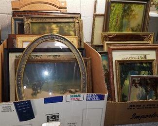 Frames & vintage prints in frames