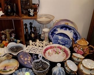 Glass and porcelain items