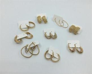 14k Hoop Earrings Wardrobe https://ctbids.com/#!/description/share/274700