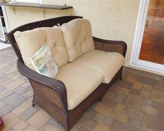 Lloyd Flanders/ Lloyd Loom patio love seat