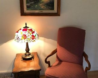 SEVERAL ACCENT CHAIRS