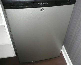 Frigidaire Mini Fridge with Lock | Freezer (4.4 cu. ft.) Silver Mist FFPH44M4L $125.00