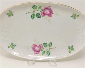 11. Royal Coburg Rosalia Oval Dish