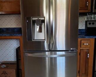 02 Refrigerator