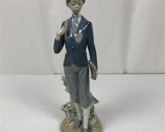 Lot 016 Lladro Porcelain Figurine Private School Girl