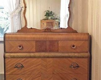 Vintage Parquet Wood Style Mirrored Dresser