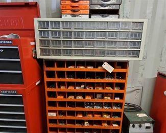 4020: Hardware Organizer