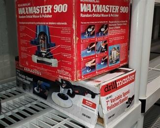 Lot 4537 : Waxmaster 900 and Speed Polisher Waxmaster 900 and Speed Polisher