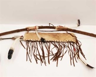 1015 Indian Bow and Arrow With Satchel For Arrowheads