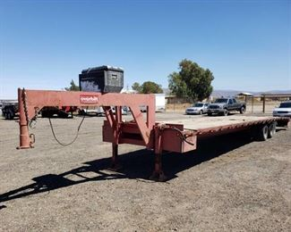 "50: 2002 40ft Overbilt 20 Ton Hydraulic Tilt Goose Neck Trailer, Dexter Axles, Includes 3"" BALL 2002 40ft Overbuilt Hydraulic Tilt Goose Neck Trailer. New Battery, electric brakes.  PTI Plates.  DMV Fees: $57 and $70 doc fees"