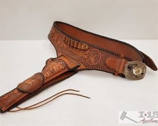 """894: Leather Belt with Belt Buckle and Holster Belt measures approx 40"""", belt buckle measures approx 4"""" x 3"""", holster measures approx 12"""""""