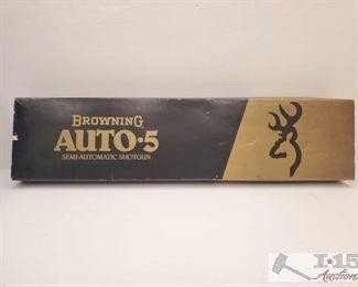 895: Browning Auto 5 Shotgun Box Browning Auto 5 Shotgun Box