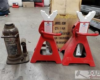#4613 • New, MAC Tools Pair of Jack stands & Sears Hydraulic Jack