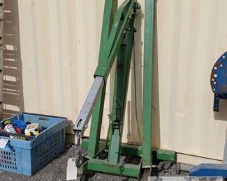 #7903 • 2 Ton Hydraulic Engine Hoist