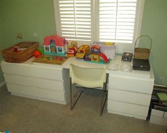 Bedroom furniture and children's toys