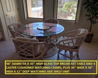 CIRCULAR GLASS BFST TABLE SET
