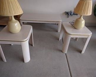 2 BEDSIDE END TABLES LAMPS  SIDE TABLE