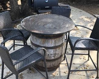 Jack Daniels Whisky Barrel Table with 4 Chairs