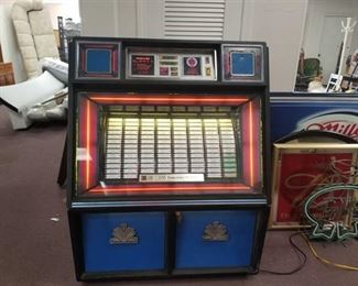 Fully Functioning Rowe Model R-88 Juke Box