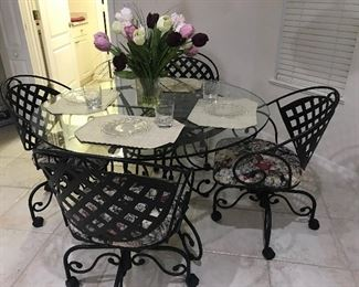 Metal dining room set