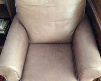 Living Room - leather couch/seat