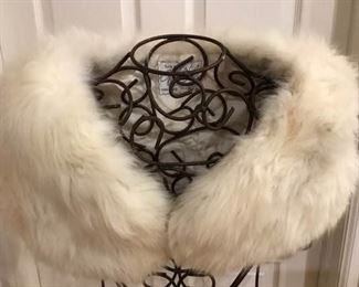 Fur Stole https://ctbids.com/#!/description/share/276036