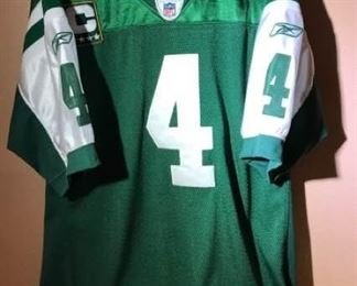 Brett Favre Jersey https://ctbids.com/#!/description/share/276043