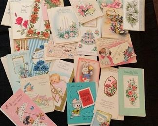 Vintage Greeting Cards #2 https://ctbids.com/#!/description/share/275794