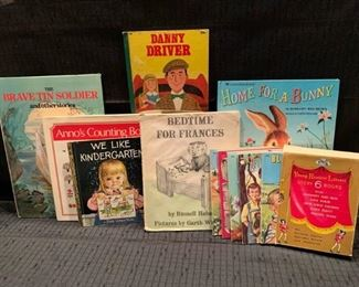 Vintage Books for Children https://ctbids.com/#!/description/share/275817