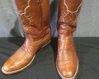 Tony Lama Cowboy Boots https://ctbids.com/#!/description/share/275833