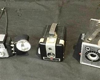 Vintage Camera Trio https://ctbids.com/#!/description/share/275860
