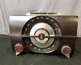 Zenith Tube Radio https://ctbids.com/#!/description/share/275863