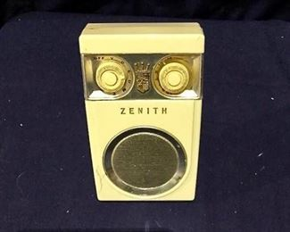 Zenith ''Owl'' Radio https://ctbids.com/#!/description/share/275879