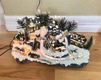 Christmas Fiber Optic Village https://ctbids.com/#!/description/share/275904