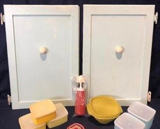 Vintage Kitchen & More https://ctbids.com/#!/description/share/275979