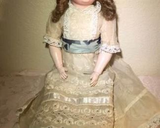 Doll https://ctbids.com/#!/description/share/276023