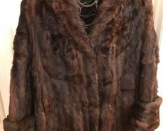 Fur Coat https://ctbids.com/#!/description/share/276035