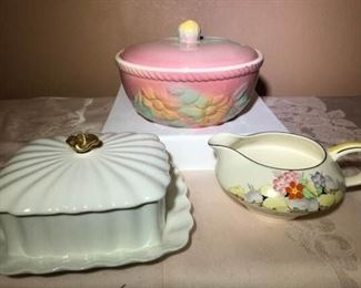 Fancy Dishware https://ctbids.com/#!/description/share/276061