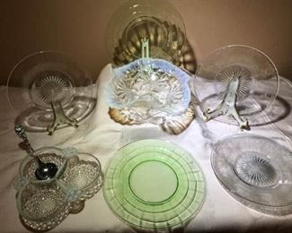 Depression Glass https://ctbids.com/#!/description/share/276062