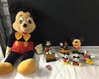 Vintage Mickey & Minnie Mouse https://ctbids.com/#!/description/share/275213